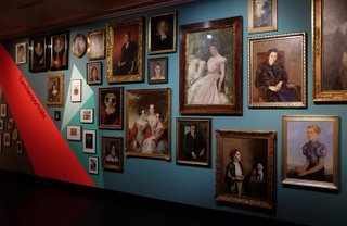 Blick in die Ausstellung Hamburg ins Gesicht geschaut