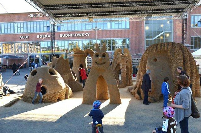 Bauen mit Lehm für Groß und Klein