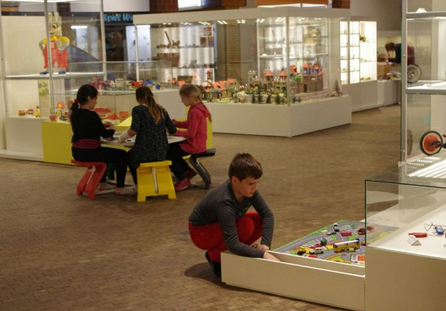 Spielwelten - Kinder erkunden die Ausstellung