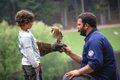 Kleiner Falkner im Wildpark Schwarze Berge.jpg