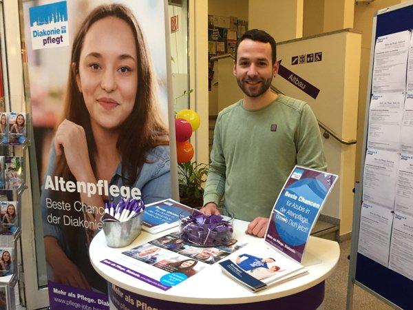 Diakonie Hamburg informiert auf der Ausbildungsbörse über Berufswege