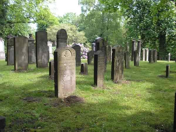 Jüdischer-Friedhof-Harburg