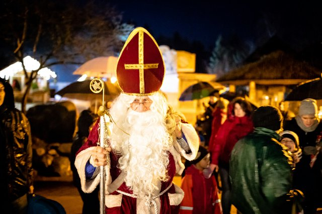 Heiligabend kommt der Weihnachtsmann