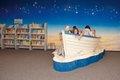 Kinder im Schiff Buecherhalle